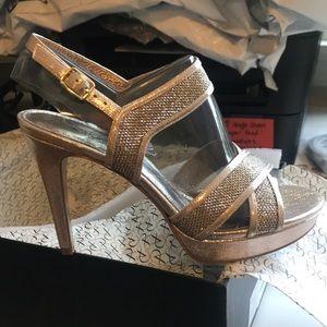 New Adrianna papell women's heeled sandal sz 7.5